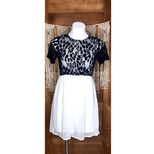 <Fun 2 Fun> Black Lace White Babydoll Dress